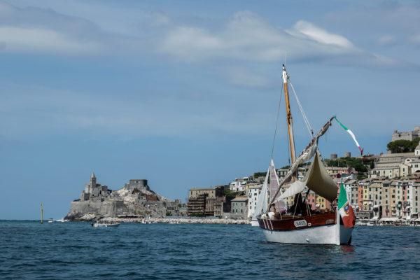 experiental tours a bordo di un antico leudo storico