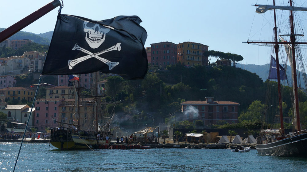 pirates to cadimare